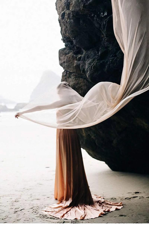 oregon-coast-emily-riggs-bridal-dresses_0016
