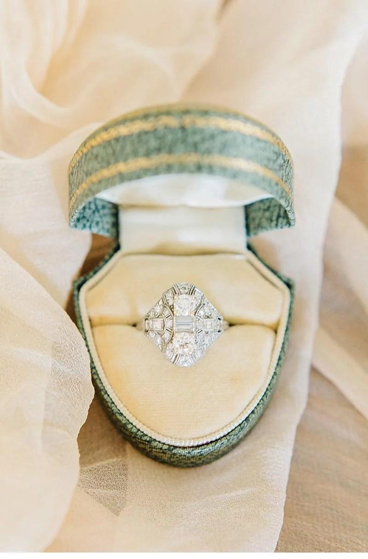 bridal-boudoir-shoot-getting-ready_0015a