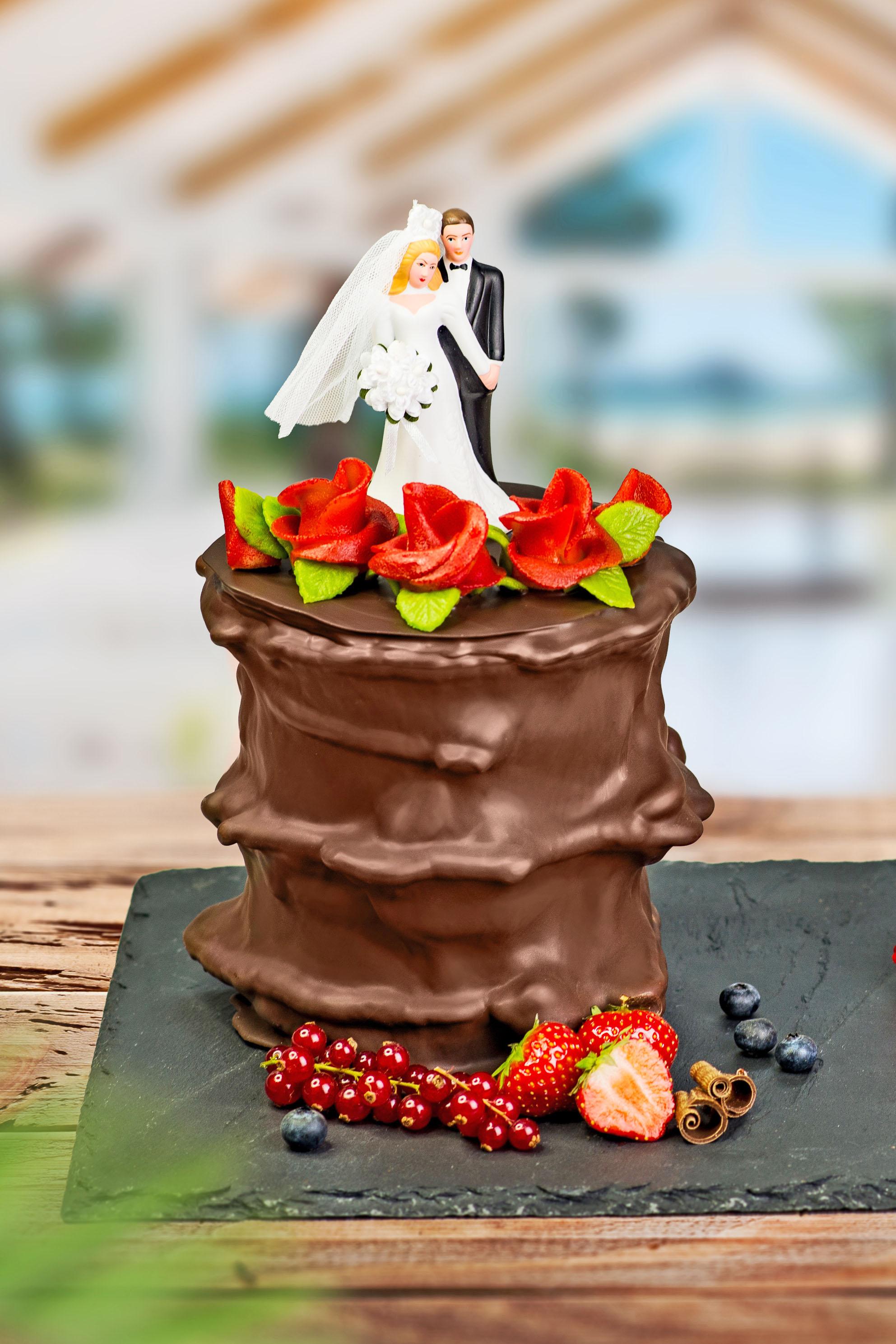 Baumkuchen sind auch eine schöne Alternative zur Hochzeitstorte.