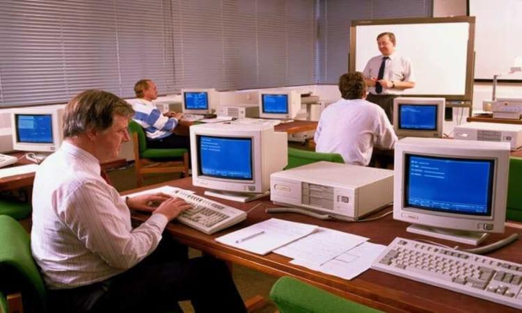 Tìm hiểu về lịch sử phát triển máy tính