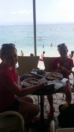 Lunch vid stranden
