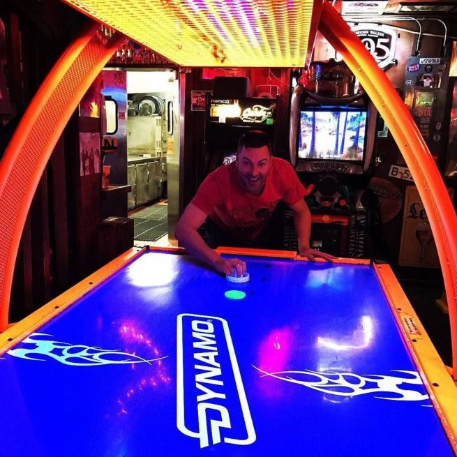 Learn Fun Game Air Hockey