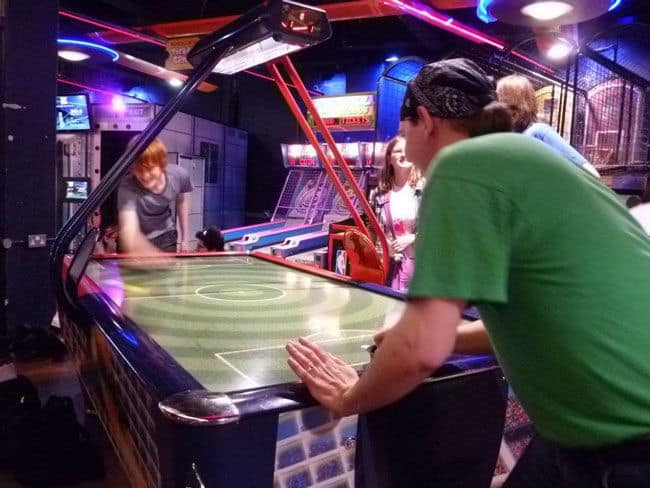 Install-An-Air-Hockey-Table-To-Enjoy-A-Real-Gaming-Experience