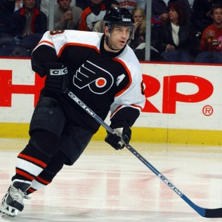 MarkRecchi1 Mark Recchi Atlanta Thrashers Boston Bruins Carolina Hurricanes Mark Recchi Montreal Canadiens Philadelphia Flyers Pittsburgh Penguins Tampa Bay Lightning