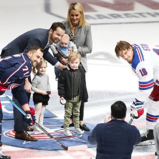 Rick-Nash-Puck-Drop Rick Nash Boston Bruins Columbus Blue Jackets New York Rangers Rick Nash