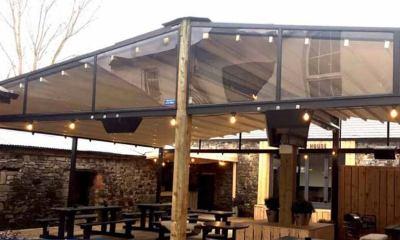 Những mẫu mái che quán cafe thịnh hành nhất hiện nay