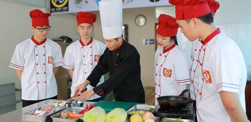 Khóa học nấu ăn Học món Việt