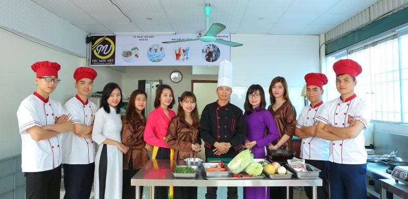 tuyển sinh khóa Học Món Việt thương hiệu Học Món Việt