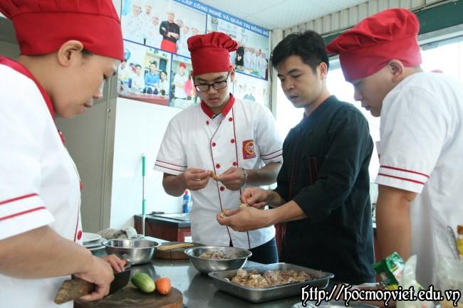 học nấu ăn chuyên nghiệp khóa học đầu bếp việt - Học Món Việt