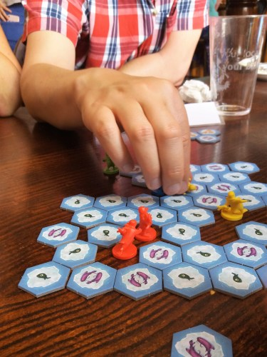 Hey that's my Fish! Board Game Club Review: Hey that's my Fish!
