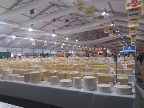 Judging the International Cheese Awards 2018