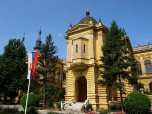 Патријаршијски двор у Сремским Карловцима, седиште епископа