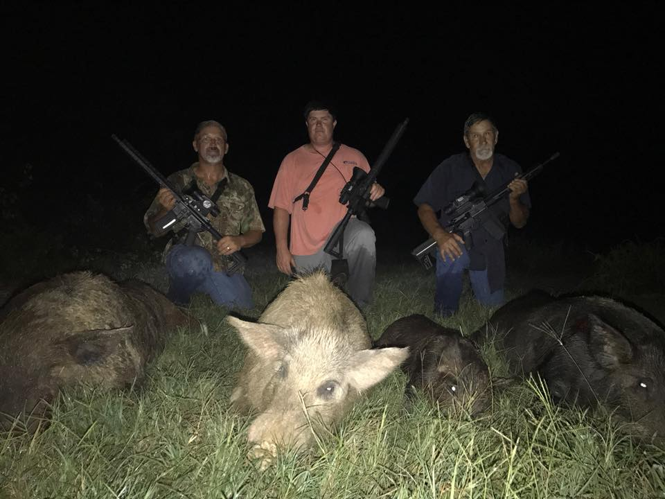 KillPic2-4hogs-3guys