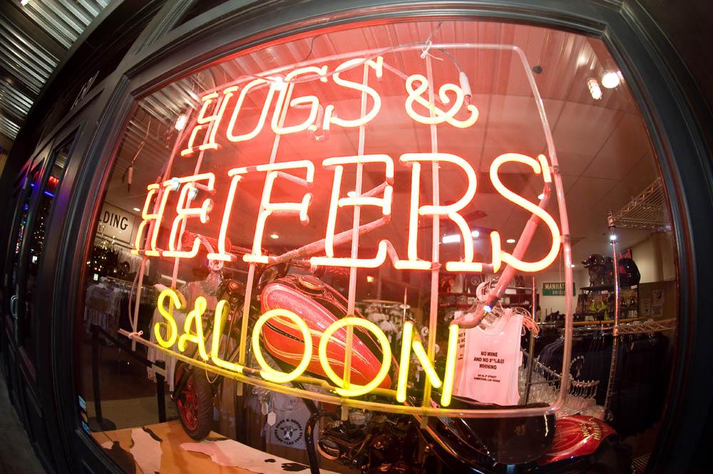 Hogs and Heifers Saloon_0005