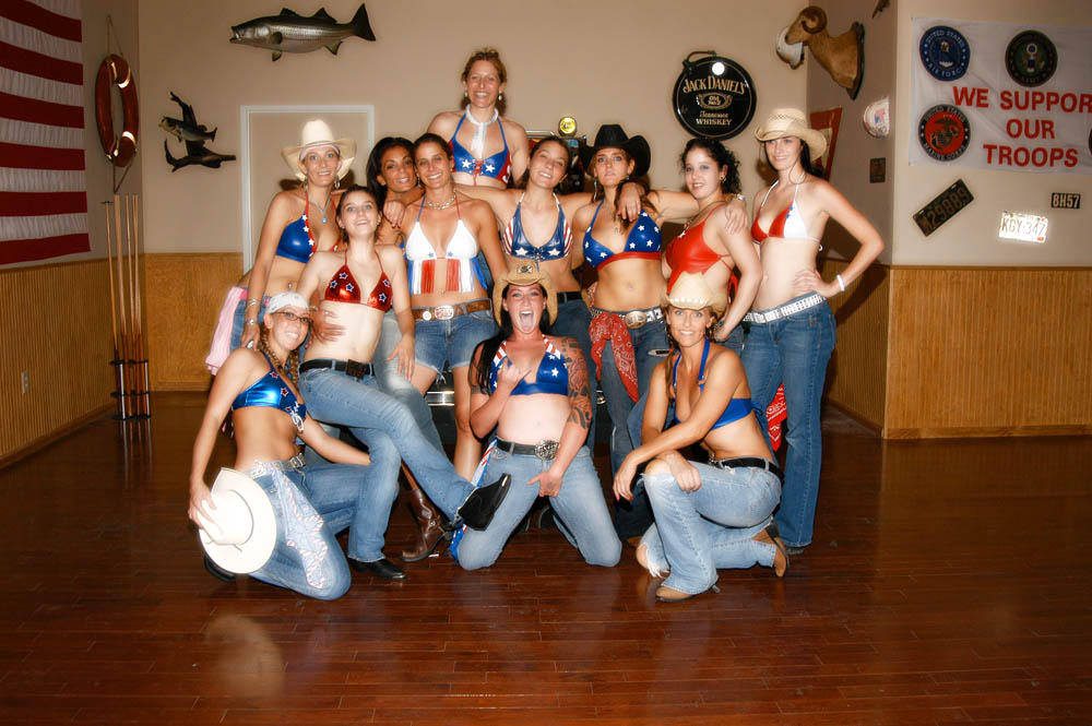 Hogs and Heifers Saloon_0025