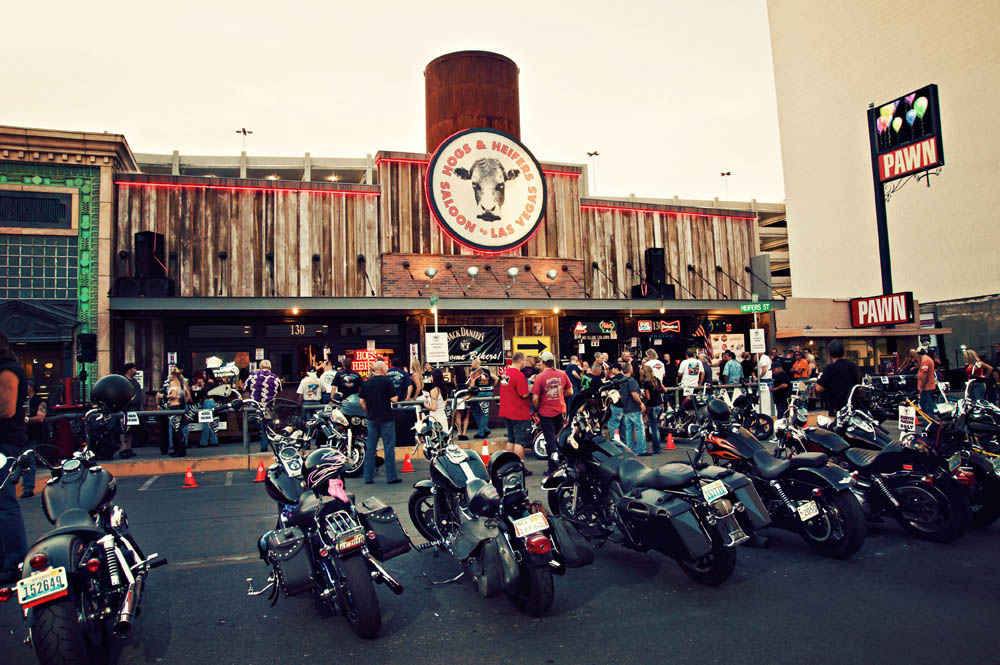 Hogs and Heifers Saloon_0065