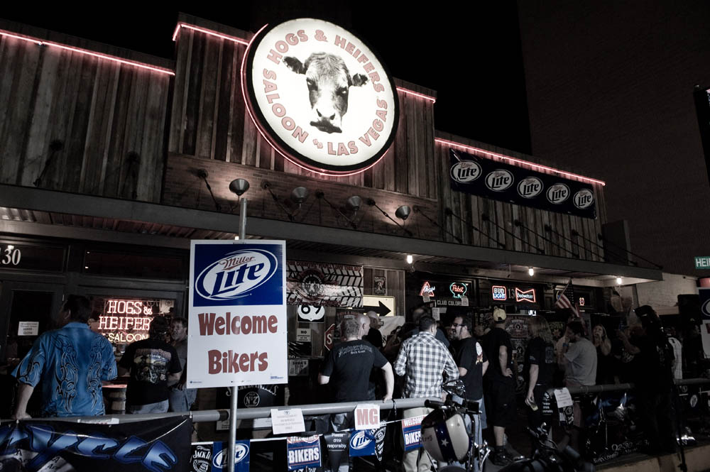 Hogs and Heifers Saloon_0066