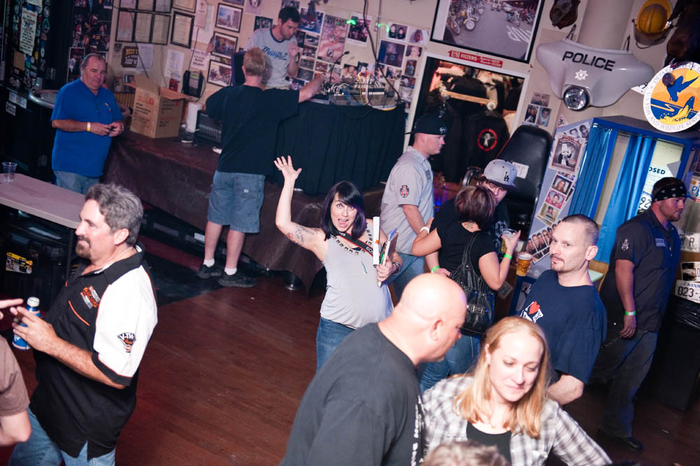 Hogs and Heifers Saloon_0101