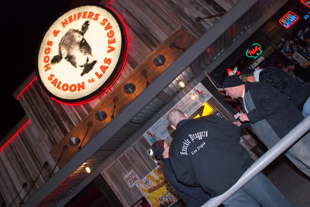 Hogs and Heifers Saloon_0121