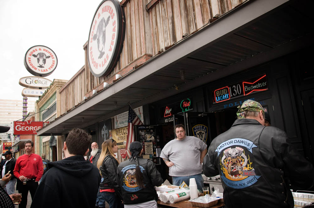 Hogs and Heifers Saloon_0177