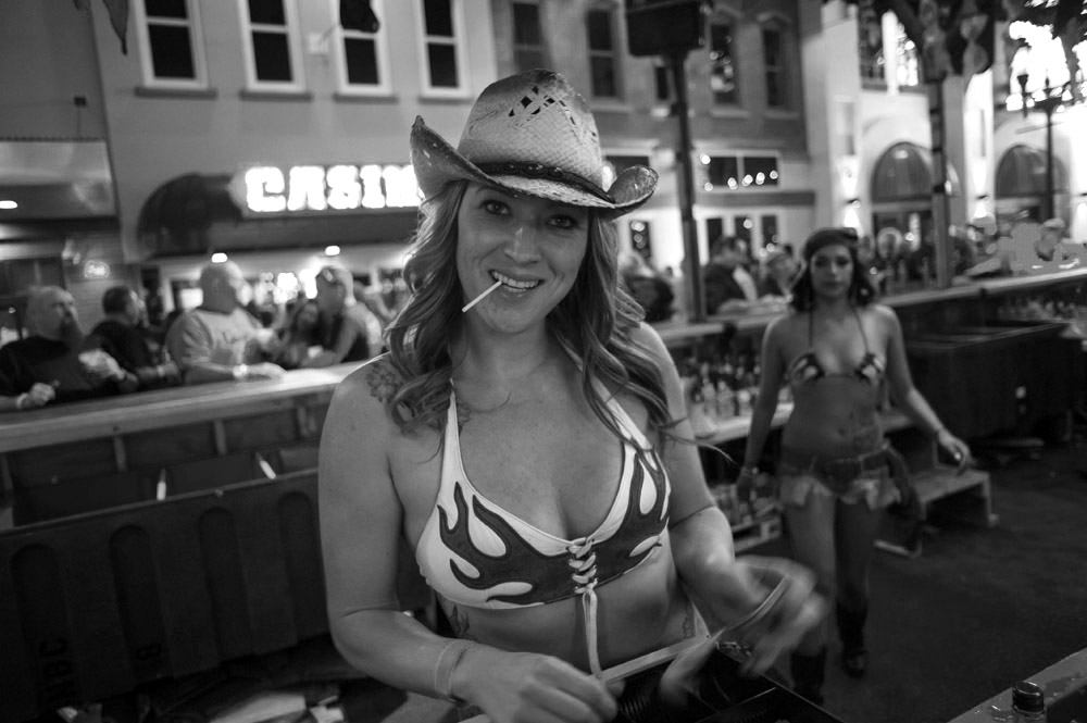 Hogs & Heifers Saloon Las Vegas_0002