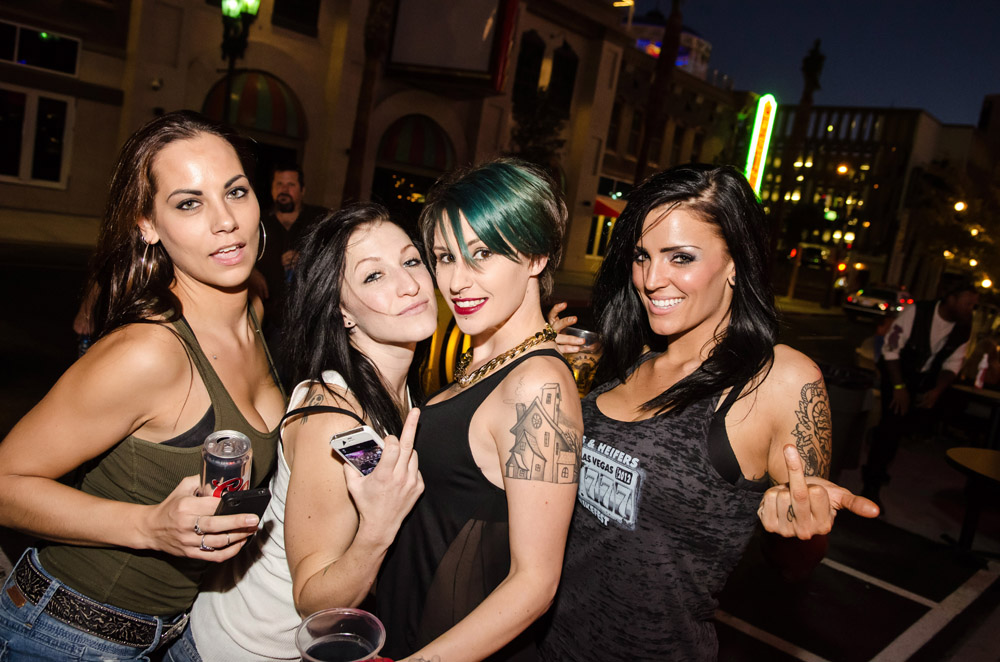 Hogs & Heifers Saloon Las Vegas_0009