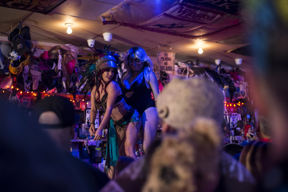 Hogs & Heifers Saloon Las Vegas_0032