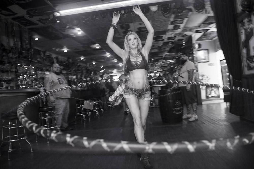 Hogs_and_Heifers_Saloon_Las_Vegas_0187