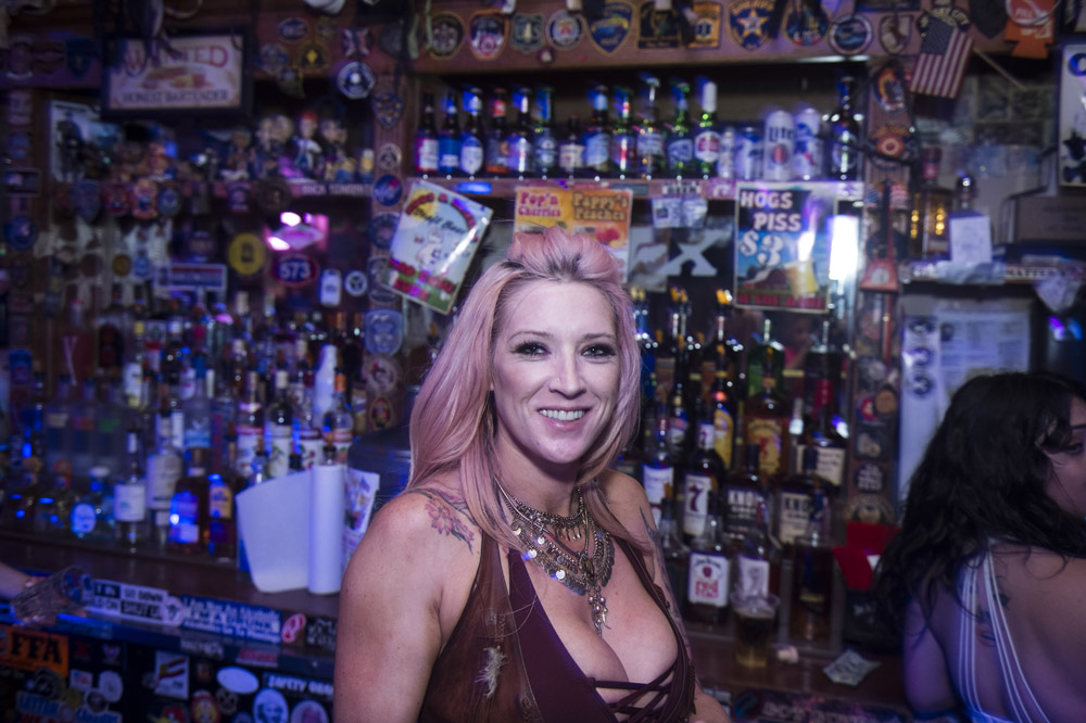 Hogs_and_Heifers_Saloon_Las_Vegas_0198