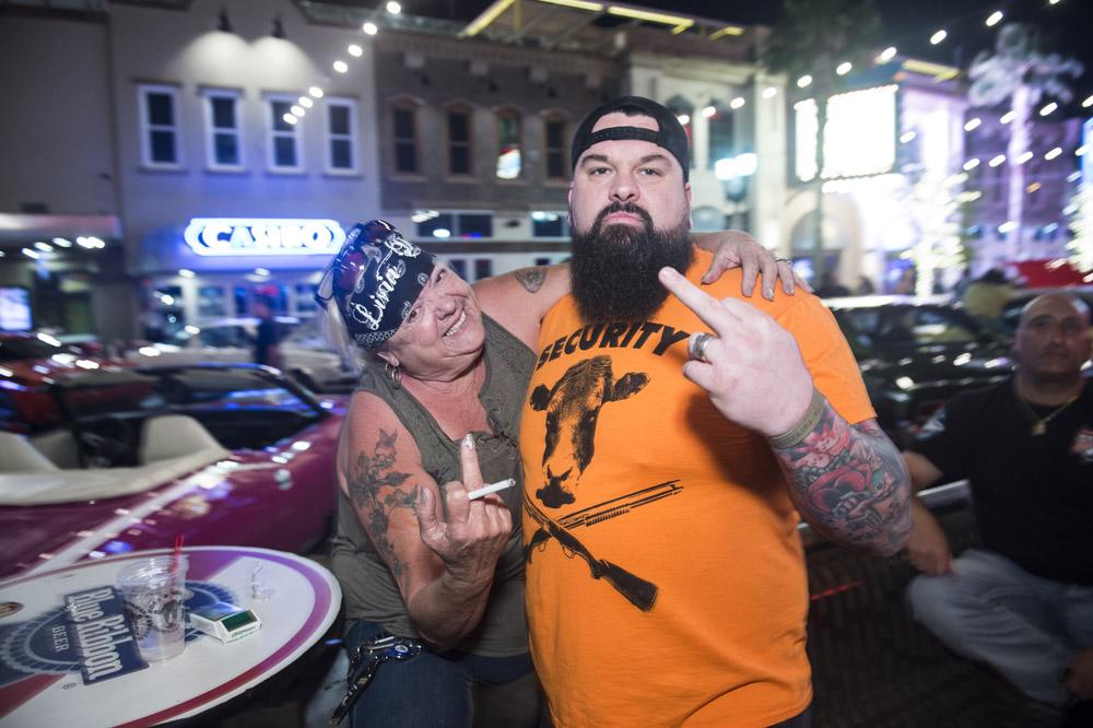Hogs_and_Heifers_Saloon_Las_Vegas_0202