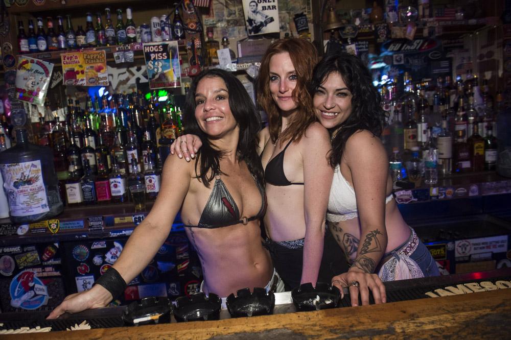 Hogs_and_Heifers_Saloon_Las_Vegas_0216