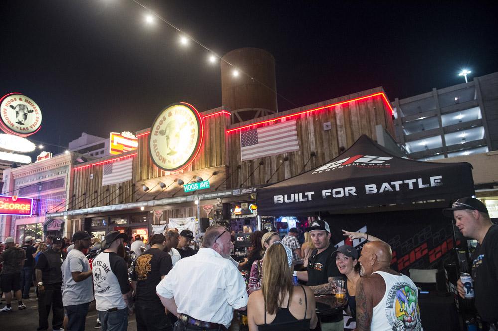 Hogs_and_Heifers_Saloon_Las_Vegas_0273