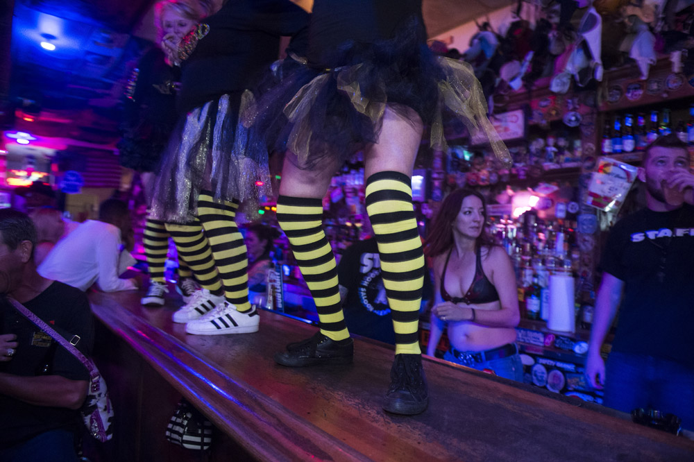 Hogs_and_Heifers_Saloon_Las_Vegas_0280