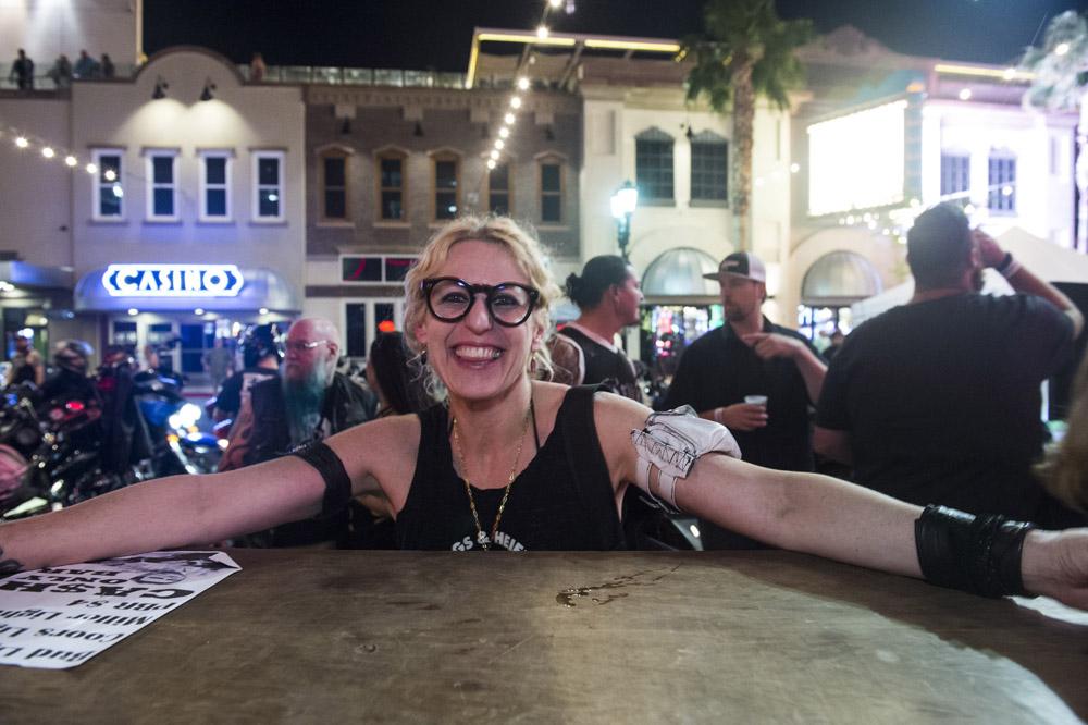 Hogs_and_Heifers_Saloon_Las_Vegas_0286