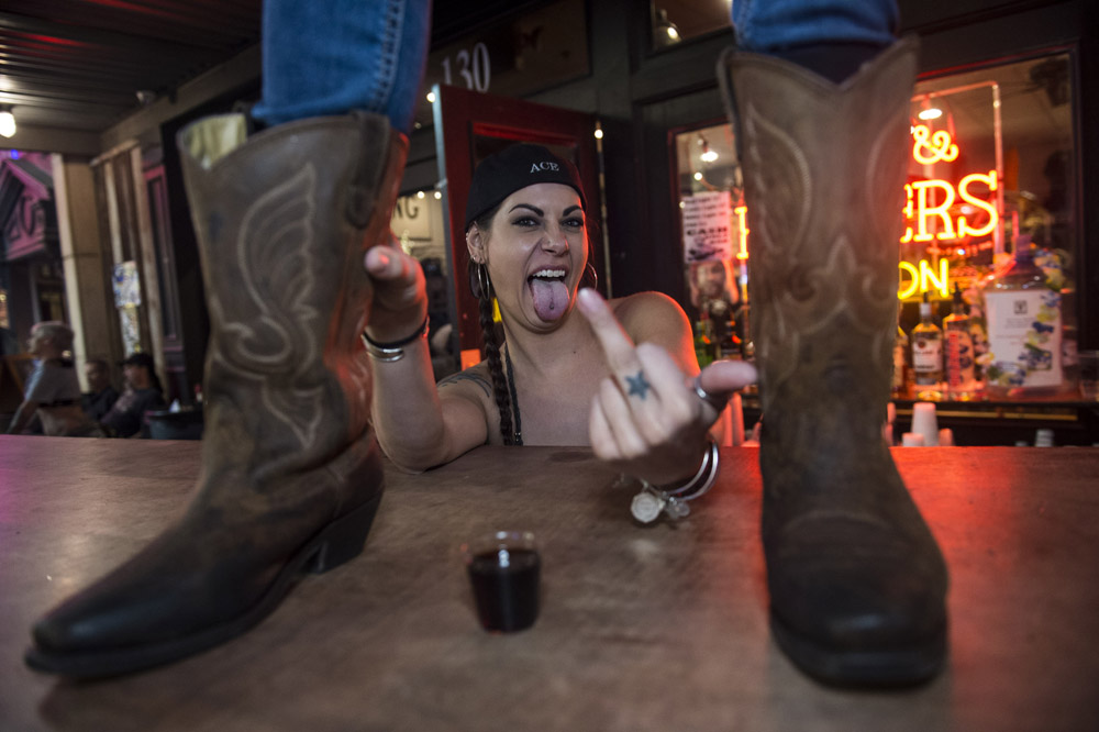 Hogs_and_Heifers_Saloon_Las_Vegas_0297