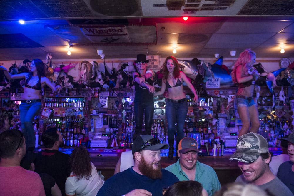 Hogs_and_Heifers_Saloon_Las_Vegas_0299
