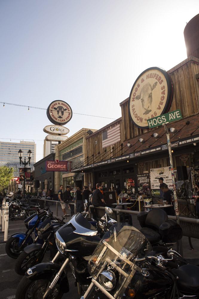 Hogs_and_Heifers_Saloon_Las_Vegas_0307