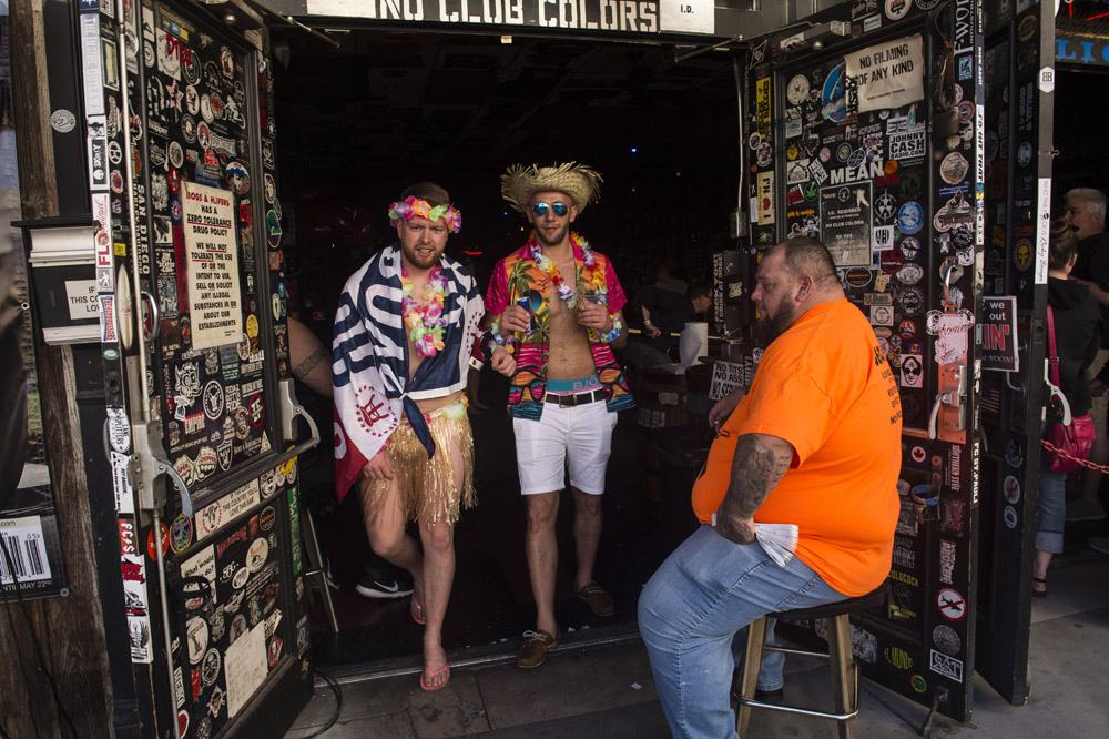 Hogs_and_Heifers_Saloon_Las_Vegas_0328