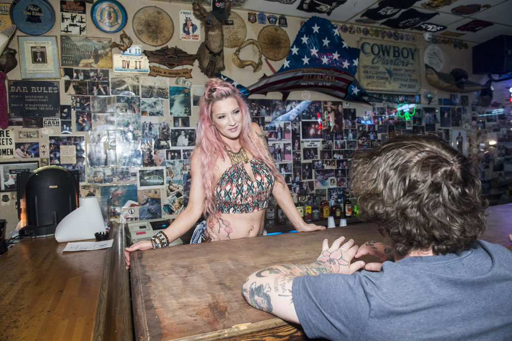 Hogs & Heifers Saloon_0846