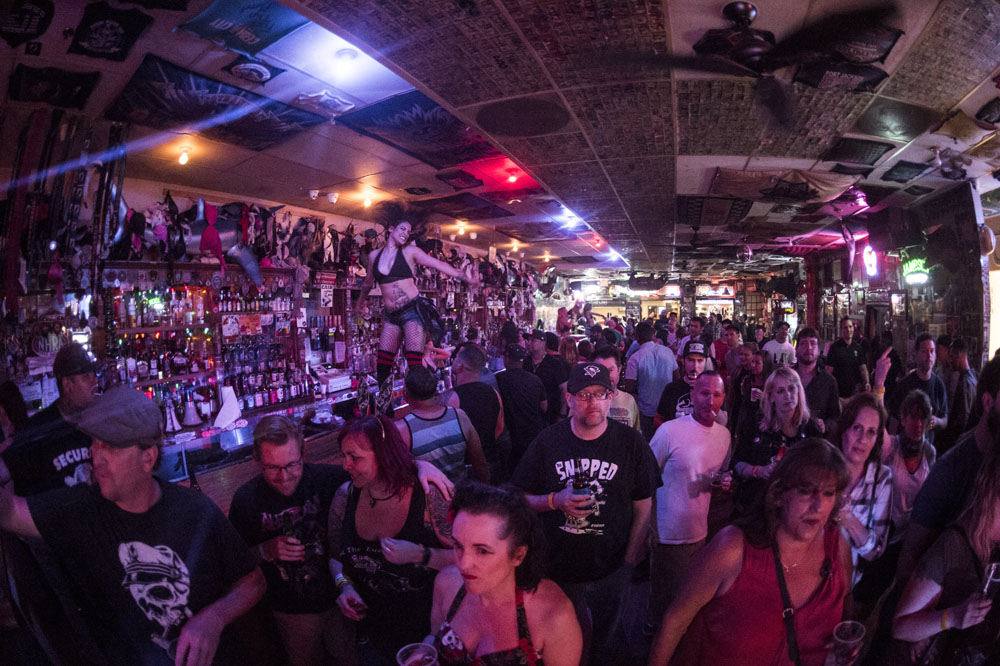 Hogs & Heifers Saloon_0951