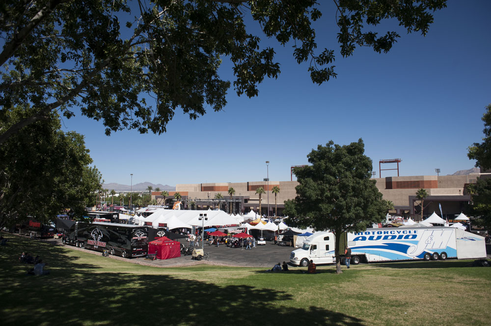 Hogs & Heifers Saloon_Las Vegas BikeFest_0192