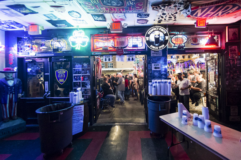 Hogs & Heifers Saloon_Las Vegas BikeFest_0209