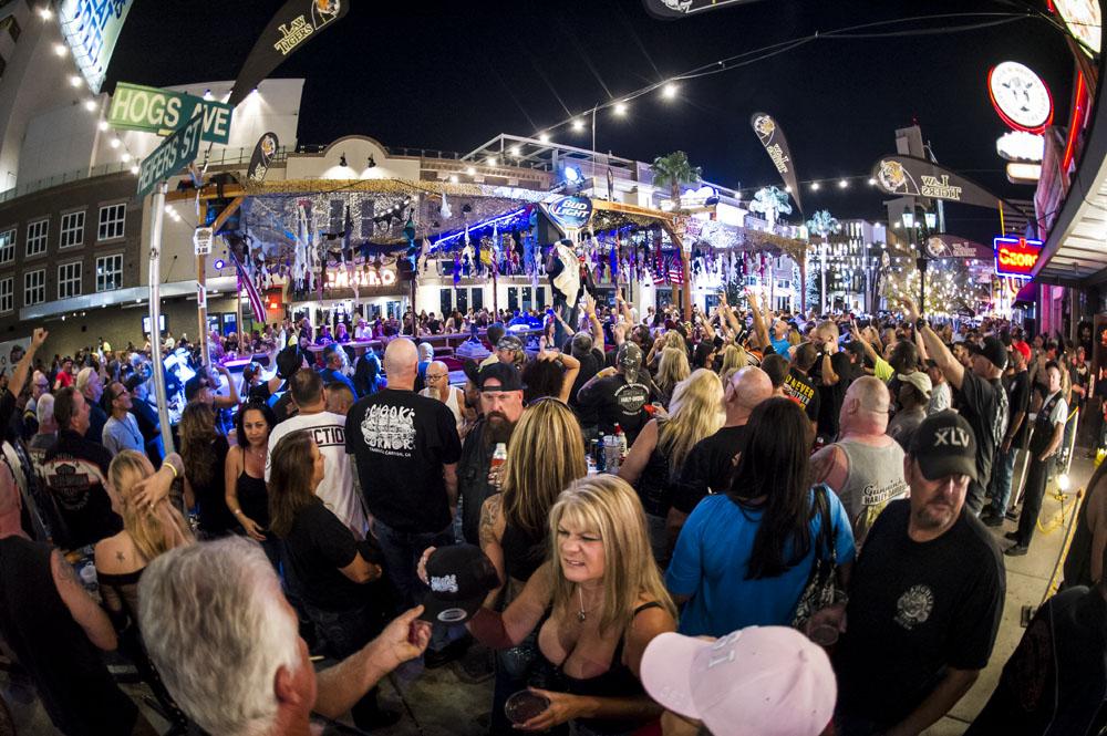 Hogs & Heifers Saloon_Las Vegas BikeFest_0210