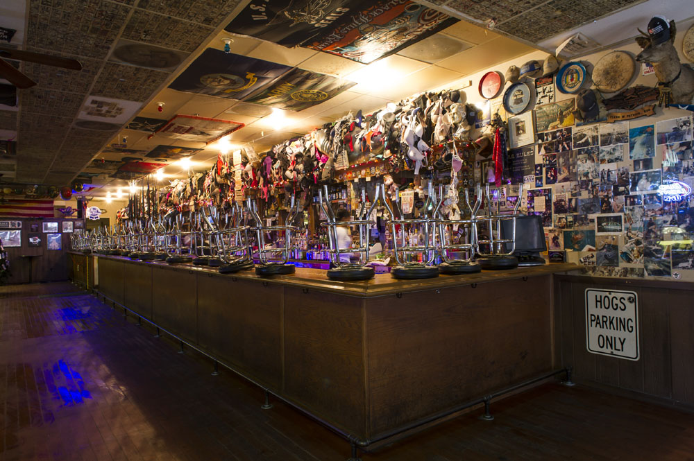 Hogs & Heifers Saloon_Las Vegas Dive Bars_0283