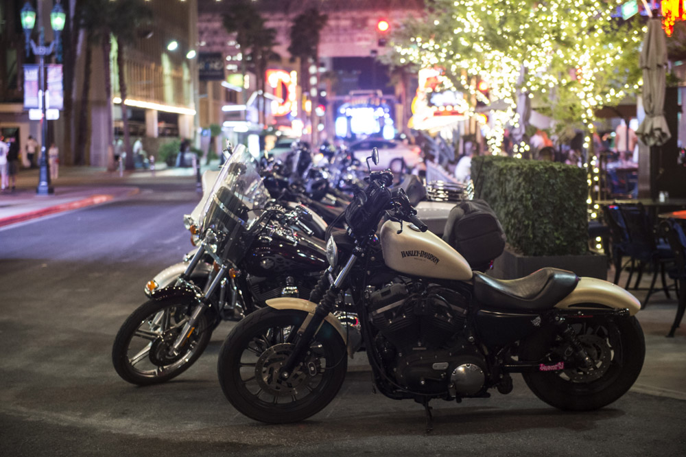 Hogs & Heifers Saloon_Las Vegas _Biker Bar0319