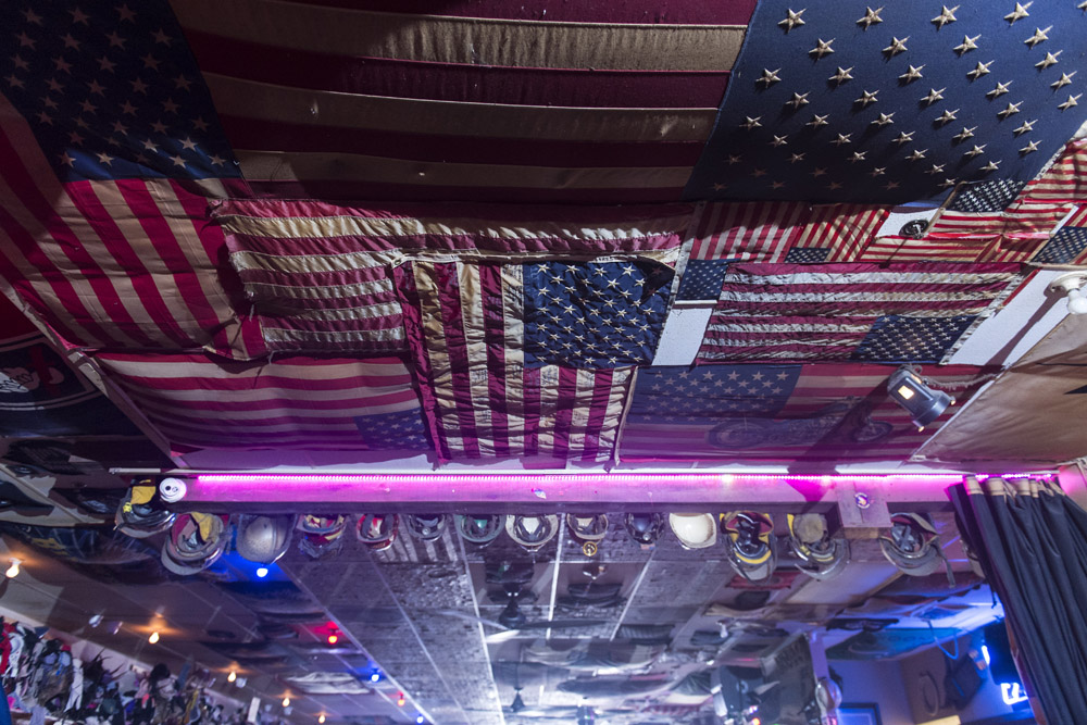 Hogs & Heifers Saloon_Las Vegas _Biker Bar0320