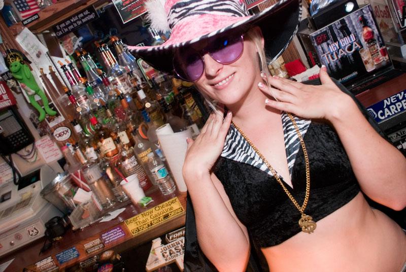 Hogs & Heifers Saloon_Las Vegas_Bartenders_0028
