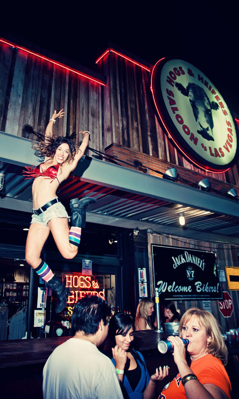 Hogs & Heifers Saloon_Las Vegas_Bartenders_0070