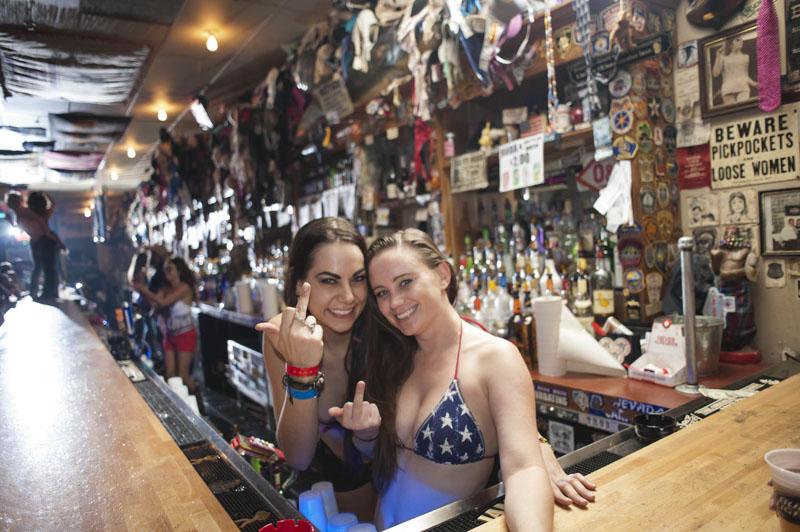 Hogs & Heifers Saloon_Las Vegas_Bartenders_0117