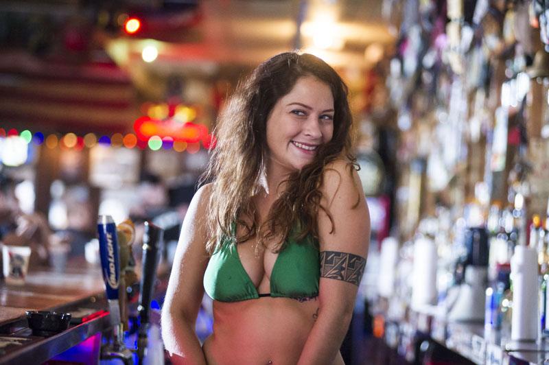 Hogs & Heifers Saloon_Las Vegas_Bartenders_0137
